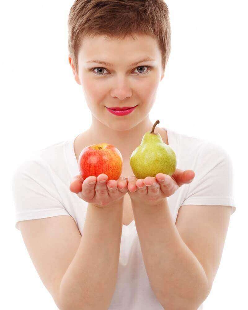 woman have fruits
